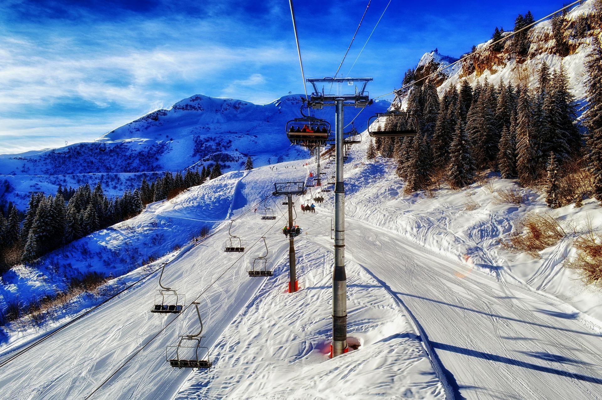 Top 4 des stations familiales pour des vacances dans les Alpes