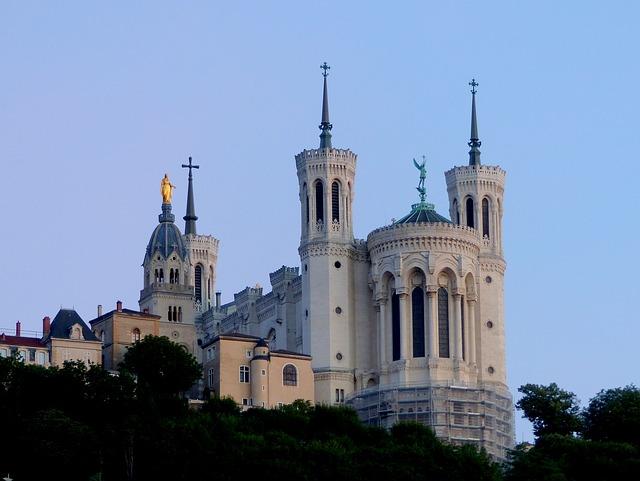 Je veux savoir comment séjourner autrement à Lyon ?