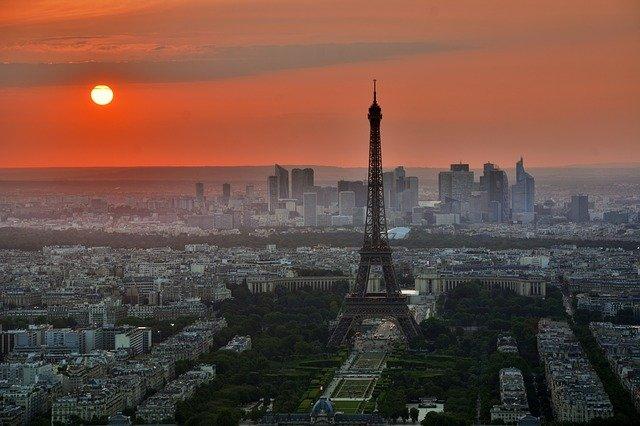 Quelques astuces pour organiser un week-end romantique à Paris
