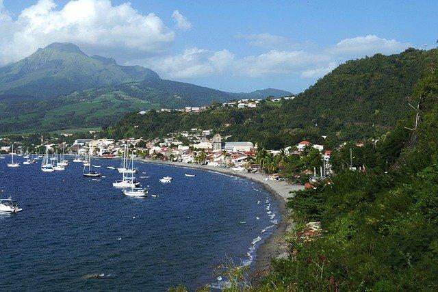 location de voiture en Martinique à l'aéroport